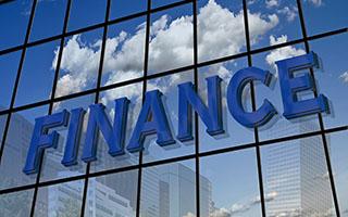 banks-private-investors